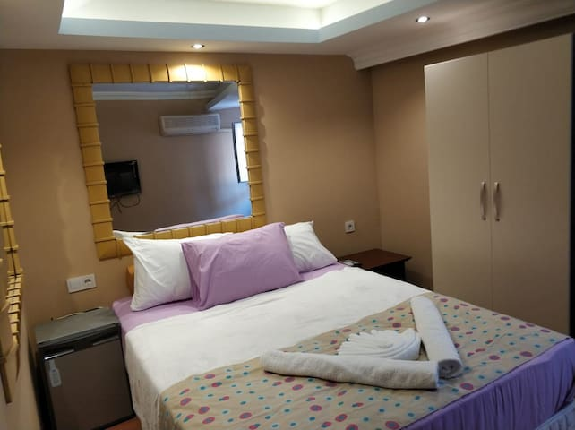 Old Town Private Room  & Breakfast (DOUBLE ROOM 1)