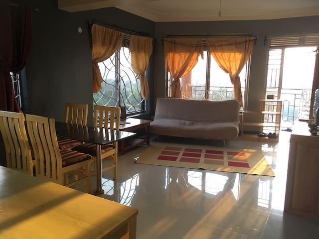 Crown Courts apartment - includes airport transfer