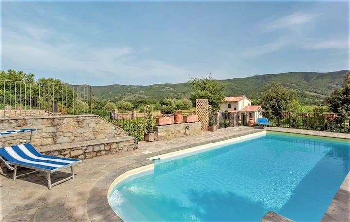 Casa con piscina in toscana