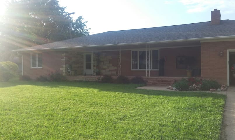Family friendly home in cental Hastings