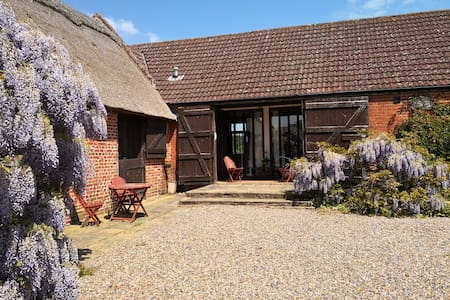 Peaceful Barn Conversion in Broads National Park
