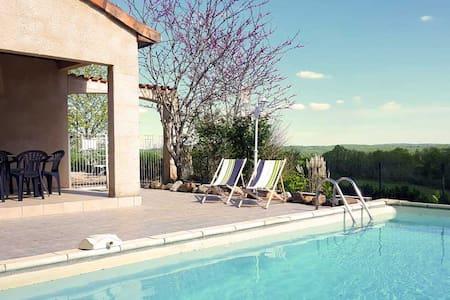 Villa avec piscine privée, environs calme Dordogne - Hautefort
