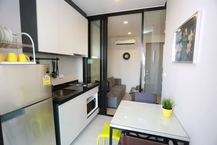 Kitchen with 2-3 People Dining Table
