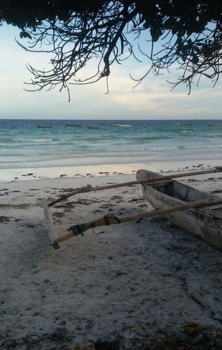 Diani has several beach access roads off the main beach road. Here, a view of the closest beach access