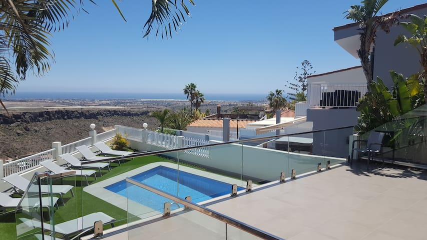 Montaña La Data, villa with views and private pool