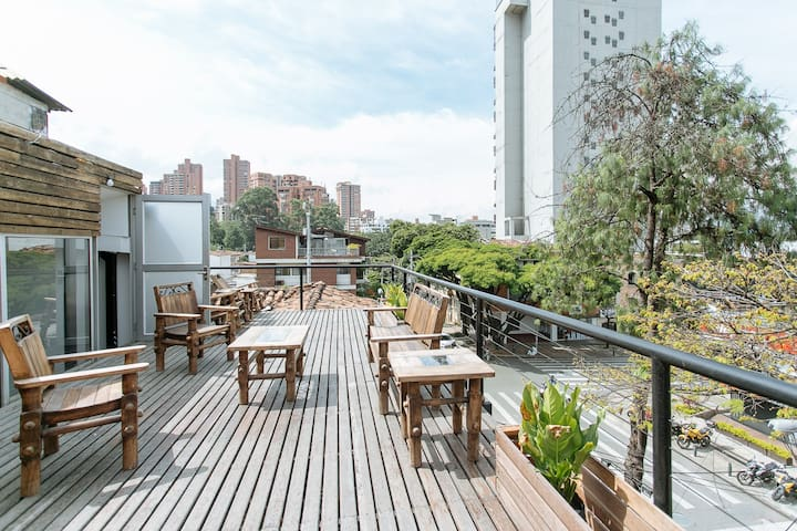 Two bedroom apartment lleras 303