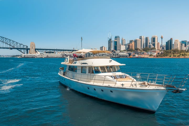Enjoy Sydney Harbour On a Private 80ft Yacht
