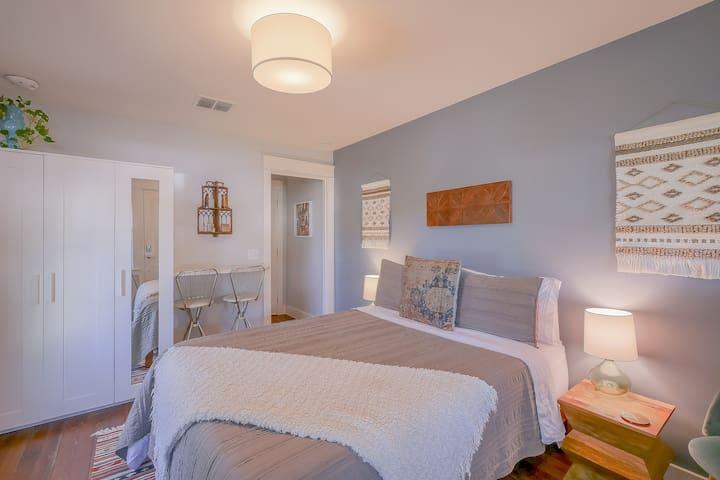 The Cozy Traveler Suite in East Austin