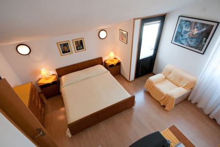 Alba Apartments no.5 - The suite on top