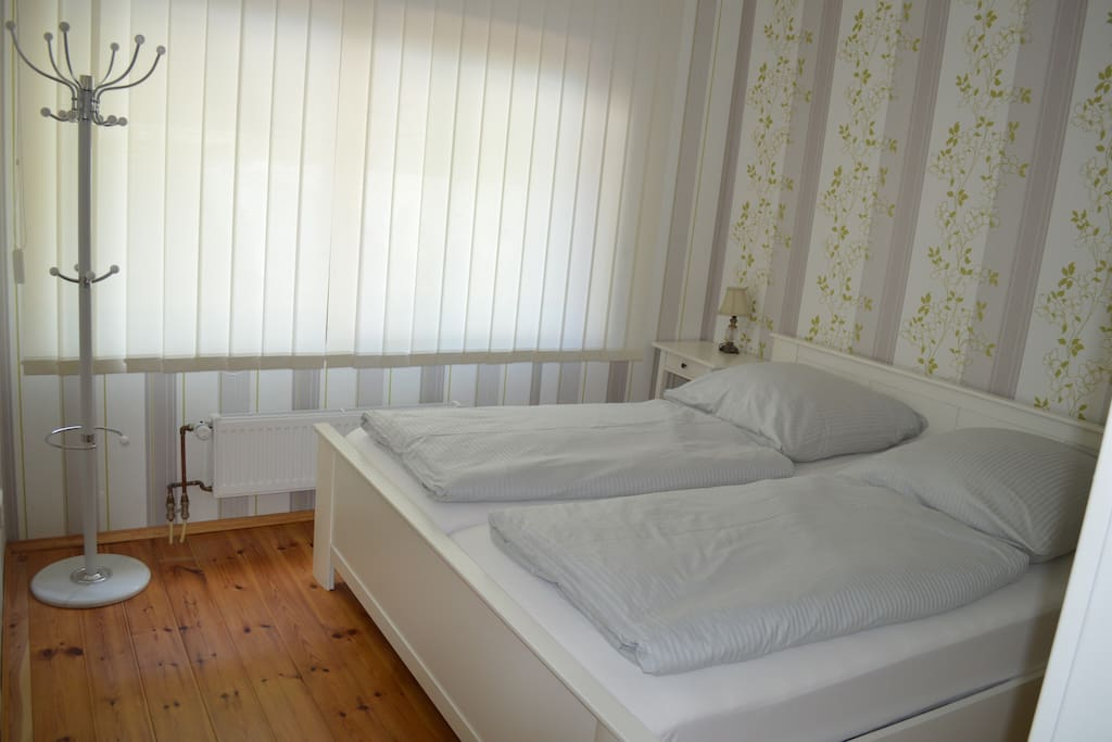 helles, einladendes Schlafzimmer