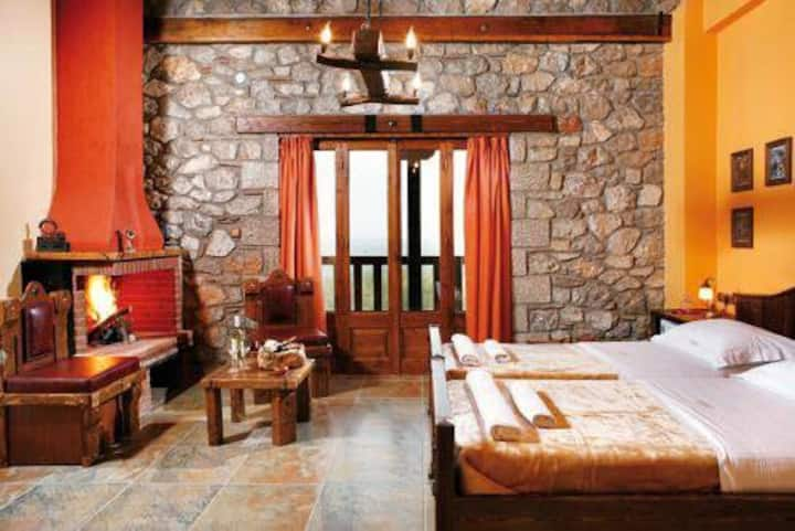 Deluxe Double Room with Balcony and fireplace