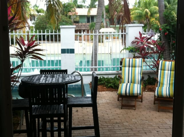 Hawks Cay... Spring Break Available..Great Rate!!! - Marathon