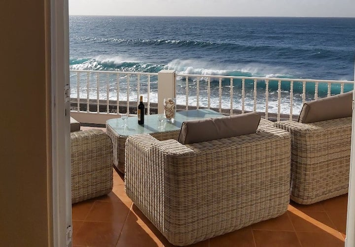 BELA VISTA Beach Villa OCEAN FRONT ! Paul do Mar
