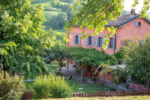 La mia casa en OLTREPÒ PAVESE. Mi casa de campo.