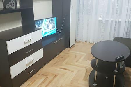 """Квартира рядом с бюветом """"Славяновская вода."""""""