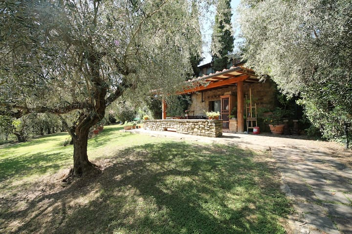 Charming&relaxing Villa on the hills of Florence - Città Metropolitana di Firenze - Vila