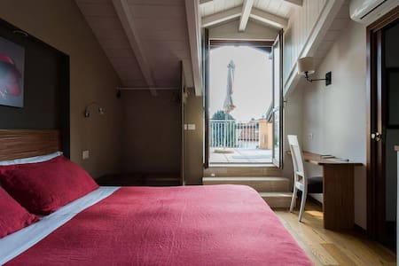 Double Room with Private Terrace @ Porta Ronca
