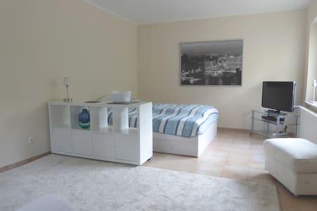 Moderne, komfortable Ferienwohnung - Remscheid
