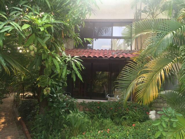 Villas Ixtapa Bugambilia, villa B - Ixtapa Zihuatanejo - Casa