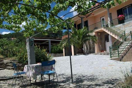 Quinta do Mineiro ( Férias numa Quinta Rústica ) - Matança - Rumah