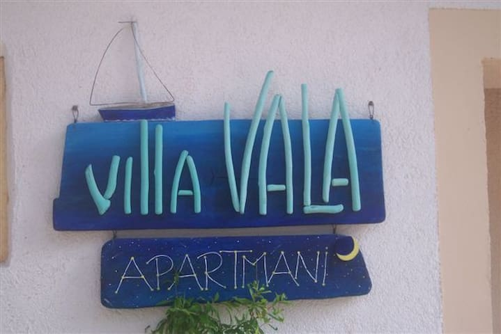 Villa Vala (Apt 3) – where guests are family - Mali Lošinj - Pis