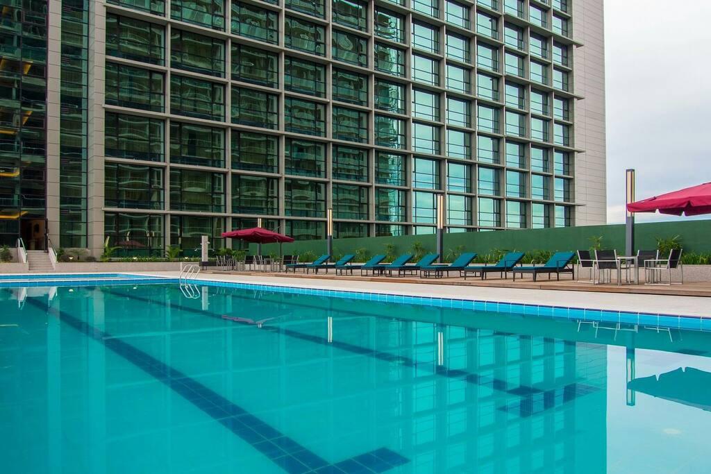 d 39 imperial suites boulevard pools gym sauna view appartements louer kuching sarawak. Black Bedroom Furniture Sets. Home Design Ideas