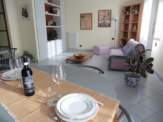 Ampio e moderno appartamento tra Firenze e Prato - Poggio a Caiano - Apartamento