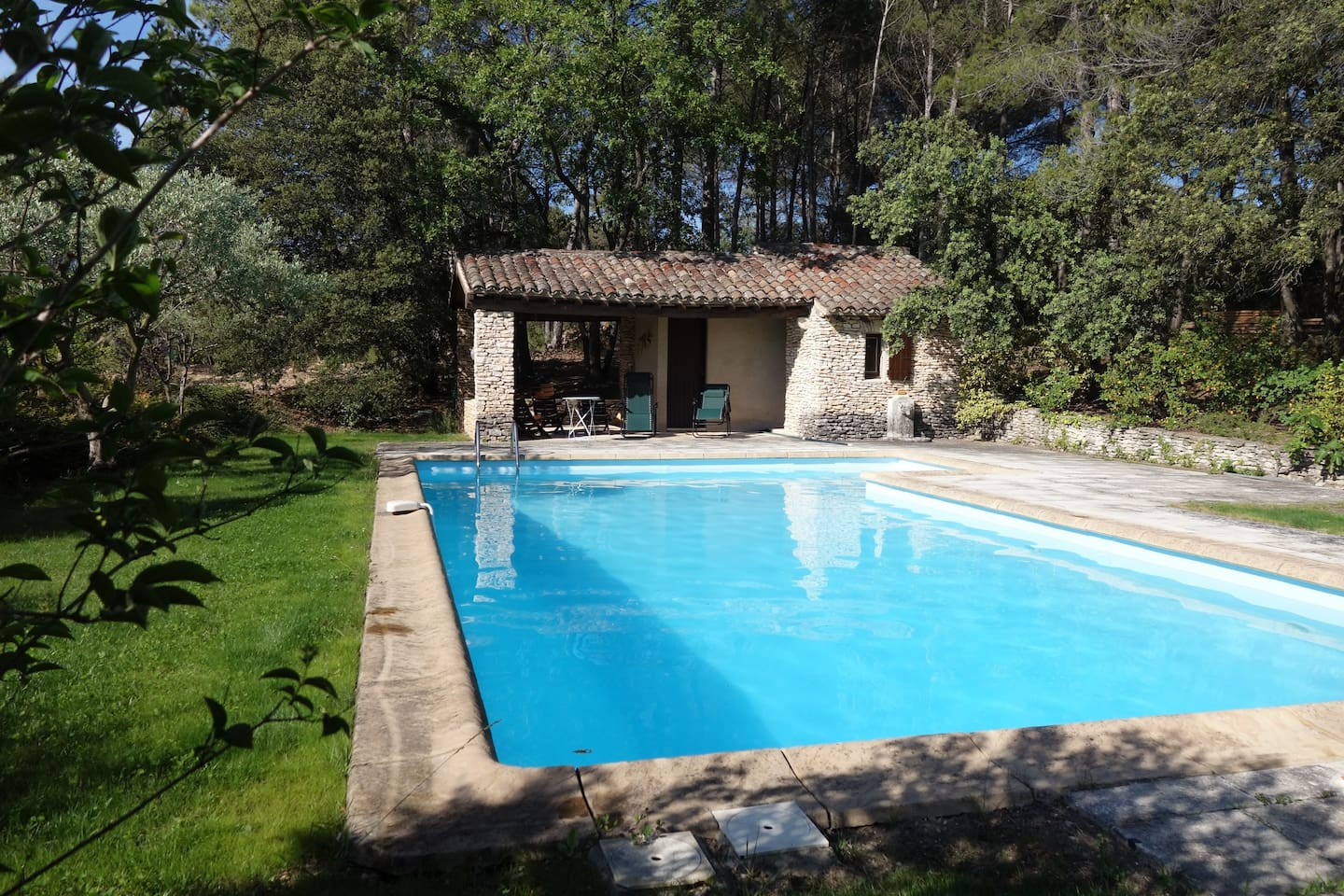 piscine pool-house