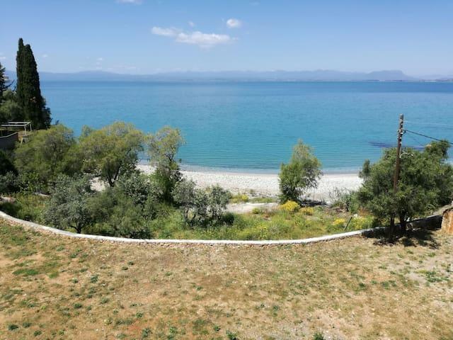 Fantastic house by the sea in Avia - Καλαμάτα - Leilighet