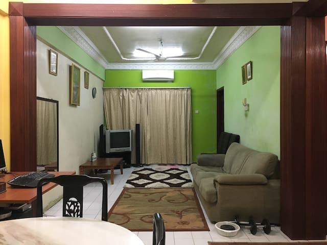 Zaiha Homestay - Kuala Lumpur - Apartment