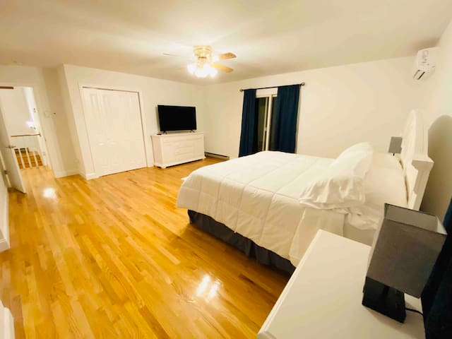 King size room is very spacious, it also has a sink and a full size bathroom.