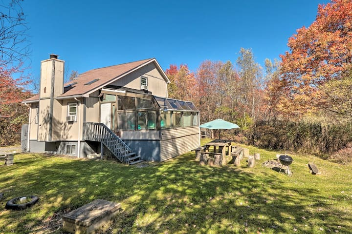 NEW-Cottage w/Large Indoor Hot Tub & Resort Access