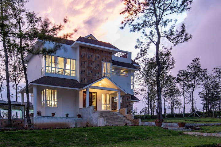 Hugel Villa★5BR - DISINFECTED BEFORE EVERY STAY