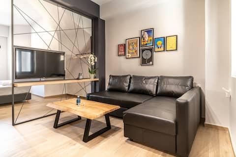 """Suite """"R"""", suites MOS Luxury City,"""