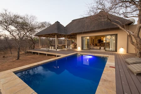 Lowveld Escape - Villa Muningi