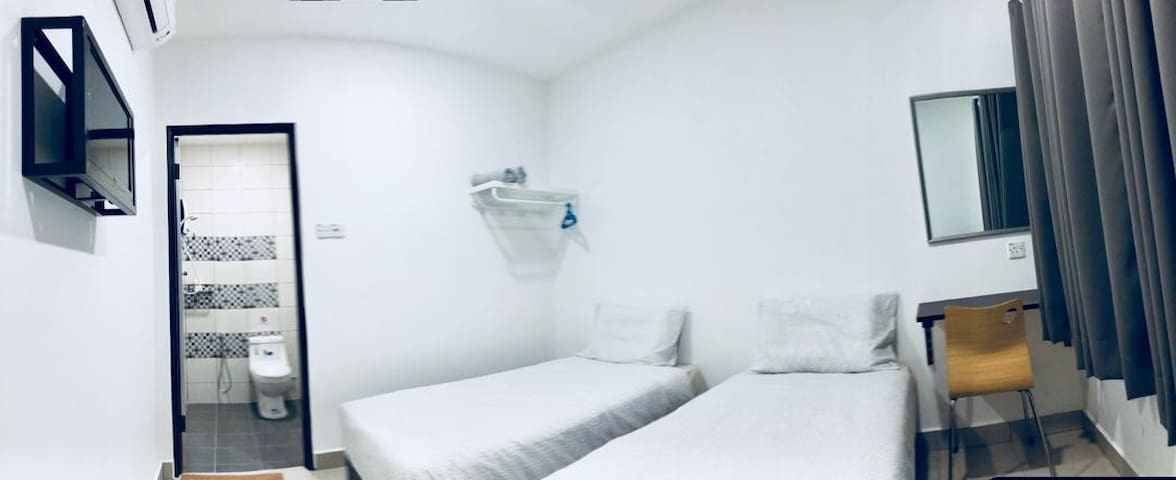 LunaStay*WIFI*Twin Room(5) Stay 2 pax
