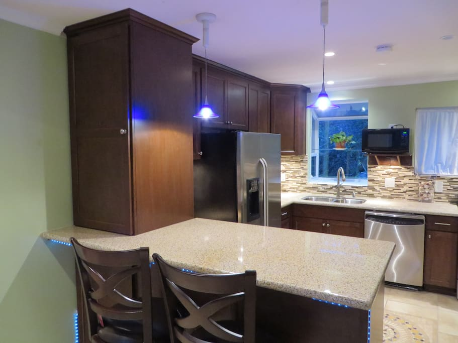 Kitchen - Stainless Appliances - Breakfast Bar/Stools