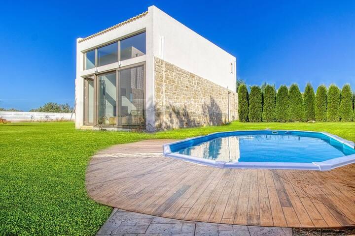 Brand-New Villa,Cocoon Silver,Garden&Private pool!