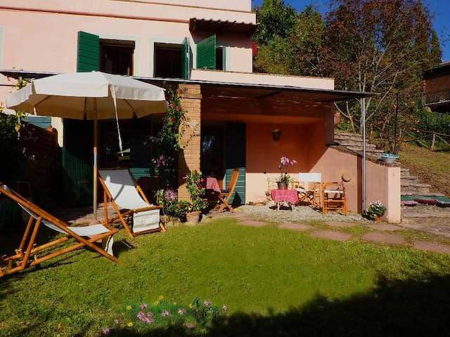 Lovely Home inside Park, Pool and exclusive Garden - Sassetta - Casa