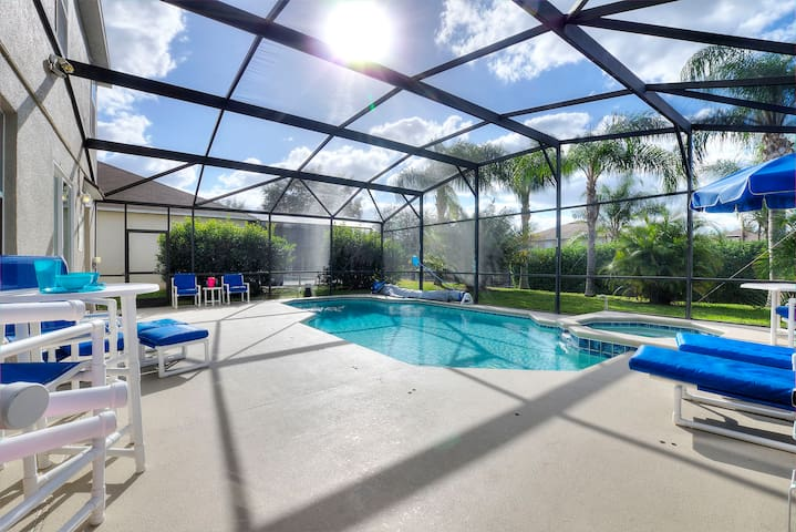 Resort Life, Spa, Private Pool & Games Room