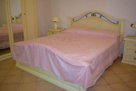 stanzearredate in villa in CALABRIA - Castrovillari