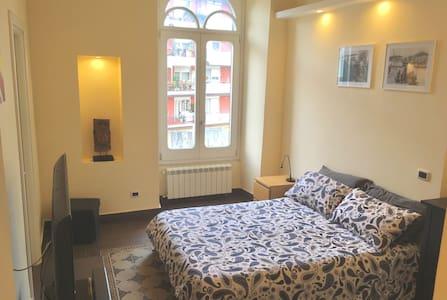 """Room """"BellaVista"""" Strategic Position"""