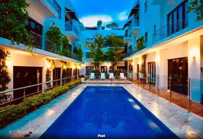 Luxury Condo, Walled City, Cartagena de Indias