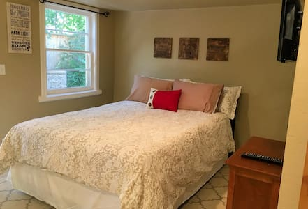 Little Locust Lodge (Studio Apt) - Paso Robles - Apartamento