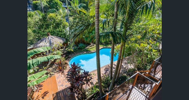 The Pool House - your tropical oasis