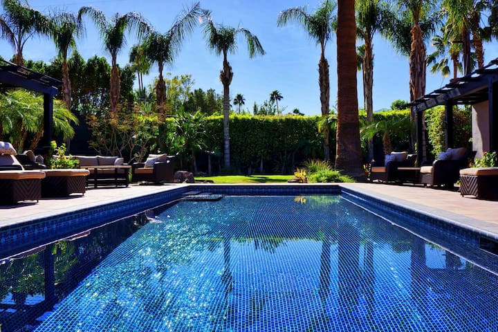 2 BEDROOM LUXURY POOL City Central Palm Springs C2
