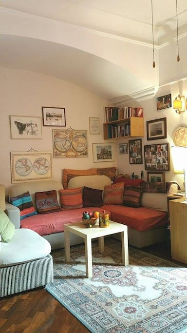 A cozy sofa for moments of relax and talk...