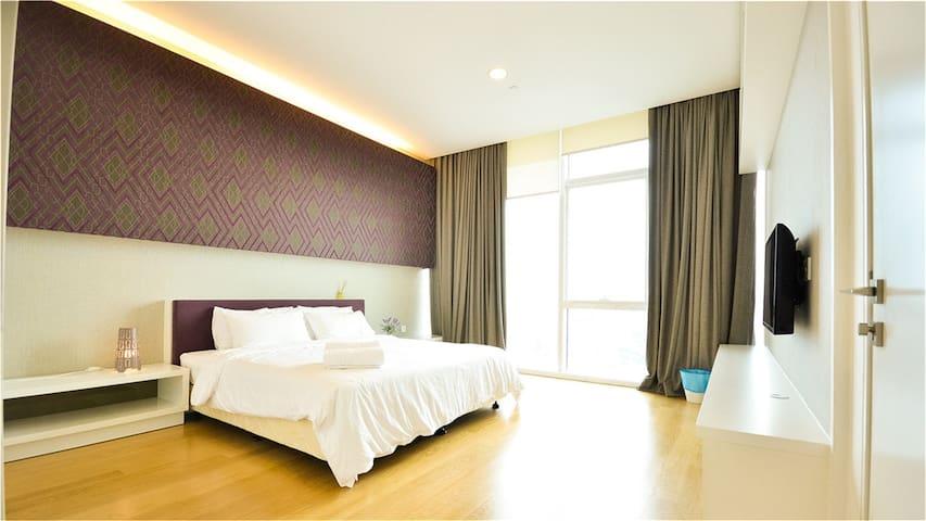 #2位于吉隆坡市中心的豪华公寓,距离双子塔(KLCC)仅8分钟路程。交通、购物非常便利 - Kuala Lumpur - Appartement
