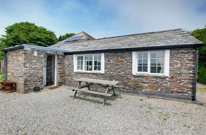 "Bray View Cottage in ""Poldark"" Country!"