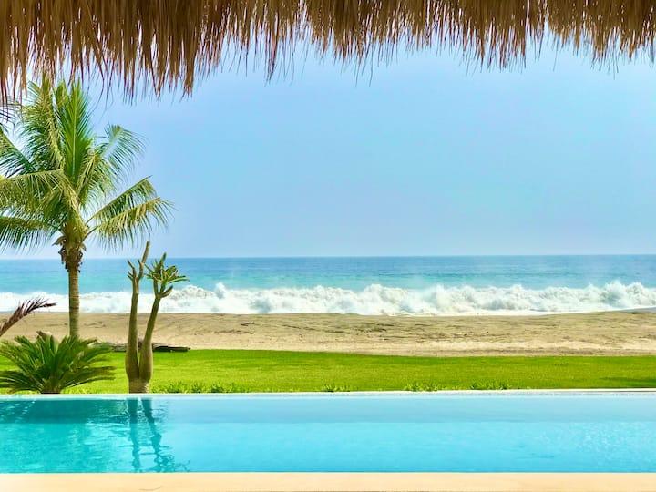 Casa Mona - Beachfront Luxury Villa
